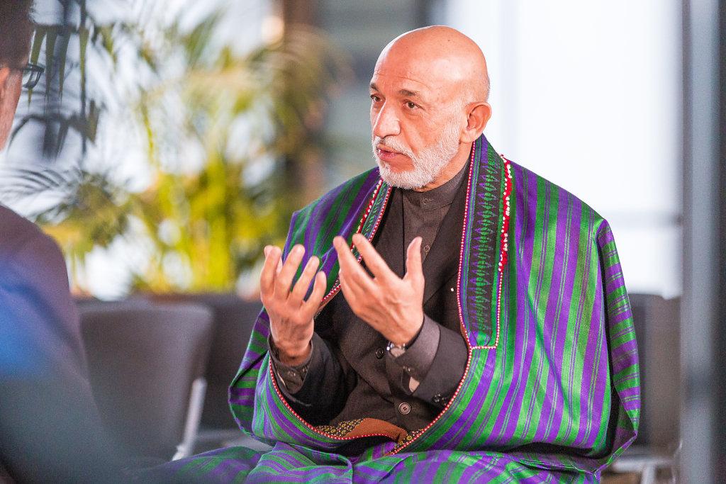 Webseite-Karzai-3-von-5.jpg